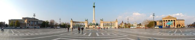 Heroes_Square_Budapest_2010_02