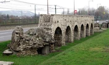 Aqueductus, Szentendrei út 28372