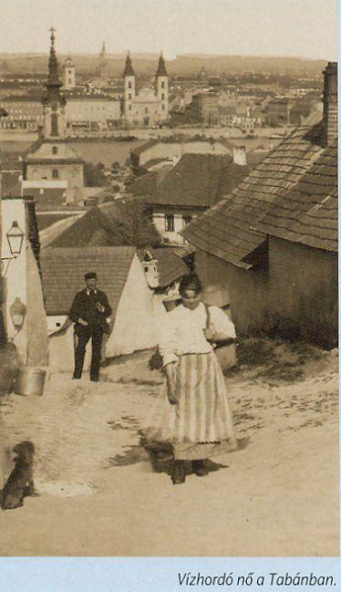 Vízhordó nő a Tabánban