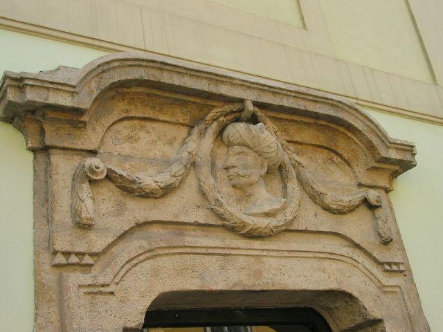 török fejes kapu, Várnegyed, Táncsics utca