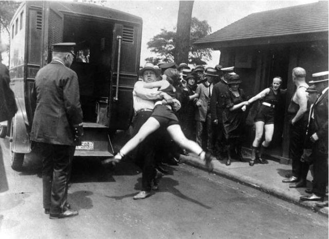 Fürdőruha botrány-Chicago 1922