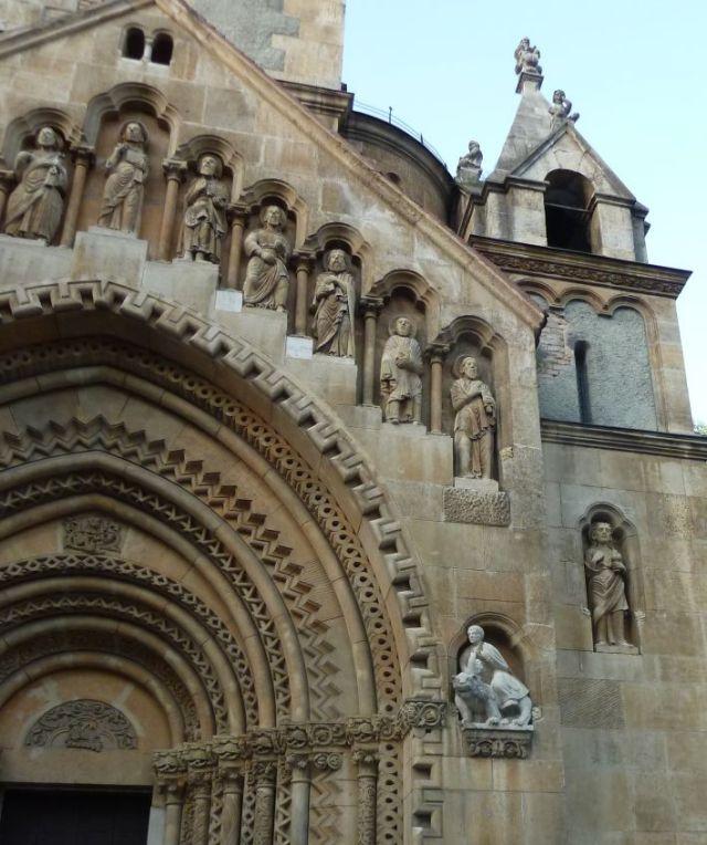 2011.Vasárnap, szept.04. 131 b Jáki kápolna