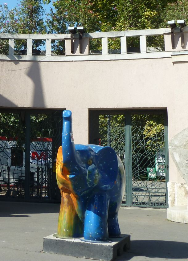 Városliget 2011.09.26.Állatkerti út 016