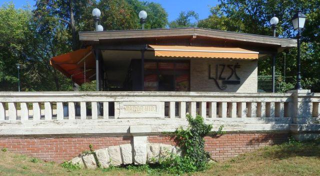 Városliget 2011.09.26.Állatkerti út 035