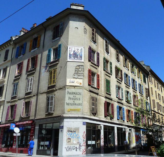 Rue ROUSSEAU P1350029