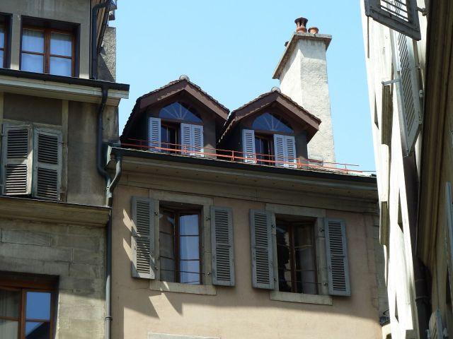 P1360860 Rue Maurice