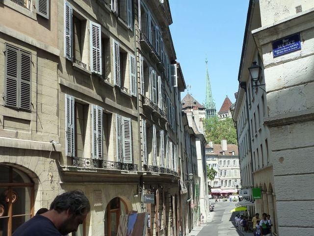 P1360863 Rue Dumont