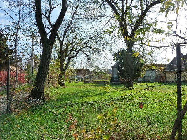 Ferihegyi út, temetőP1400575