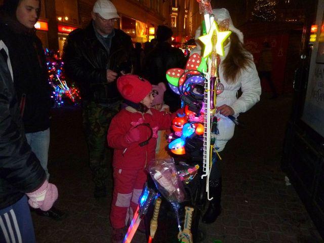 2013 karácsonyi piac, Vörösmarty tér P1420145