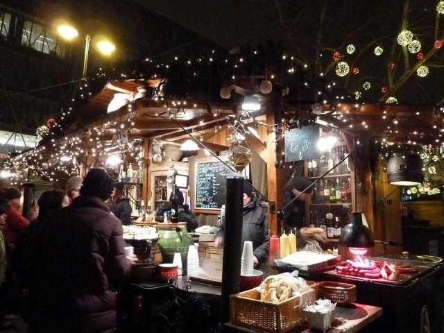 2013 karácsonyi piac, Vörösmarty tér P1420152