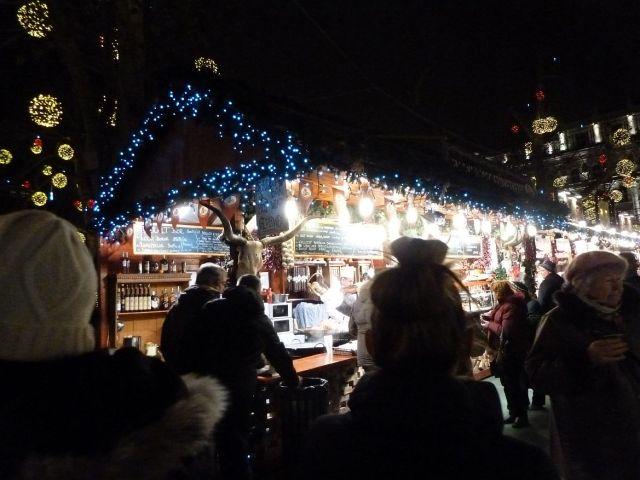2013 karácsonyi piac, Vörösmarty tér P1420200