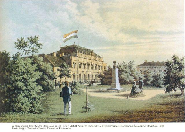 Képviselőház a Múzeumkerti Kazinczy szoborral