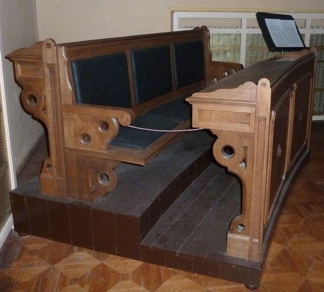 Parlamenti üléspad P1260982