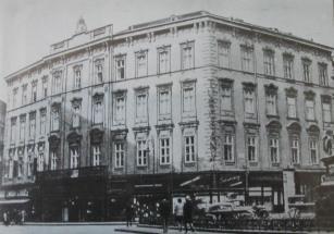 Teleki_palota(Szervita_tér)