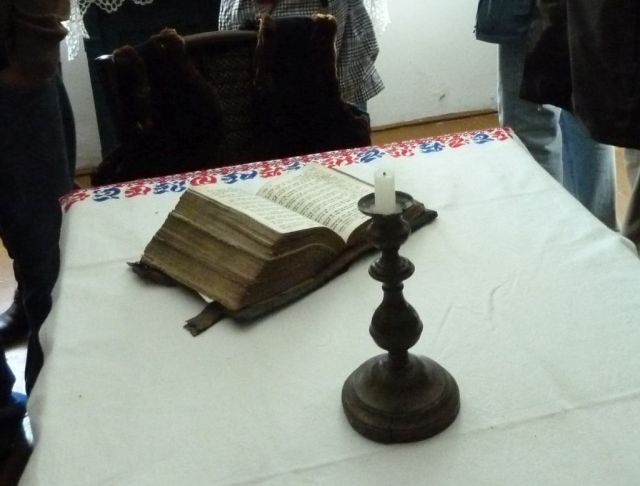 Cinkota P1380651 biblia a