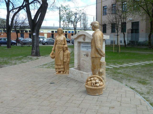 Bolgárkertész kút P1430347