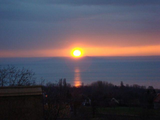 Napfelkelte a Balaton fölött DSC04934