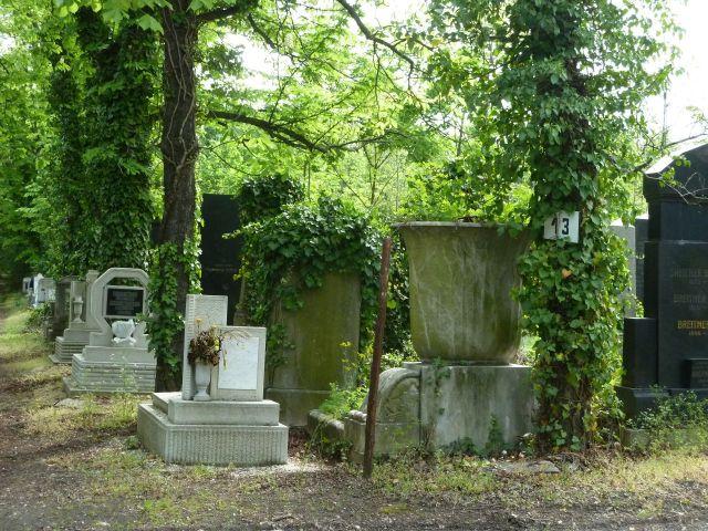 Kozma utcai temető 2014.május P1450178 Vágó Mihály és Vágó Mihályné 1913 körül