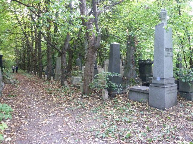 Salgótarján u. Zsidó temető P1400053 2013.10.06.
