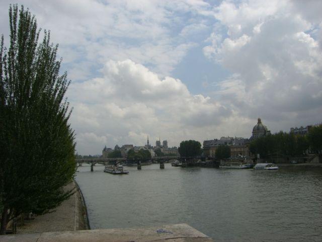 0276 Szajna part a Louvreból