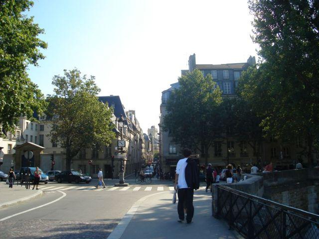 0705 Hídról a rue des Bernardins felé 2007.08.25.