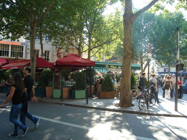 0744 Place St.Michel 2007.08.25.