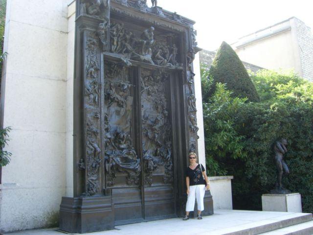 0861 Rodin múzeum A pokol kapuja (és Éva szobra) 2007.08.2