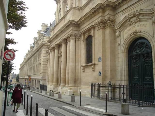 Párizs 303