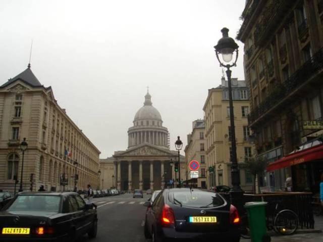 Párizs 305