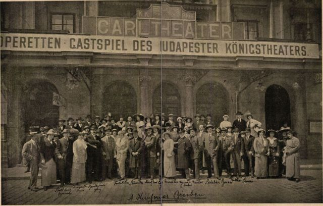 A Király színház Bécsben-K