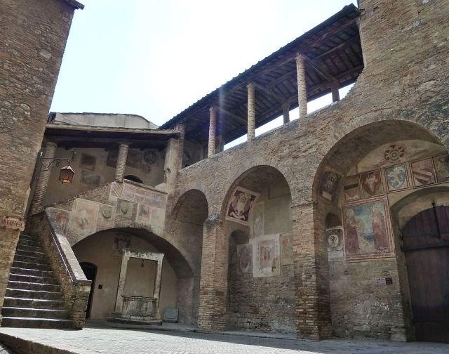 2014 nyár P1470069 San Gimignano