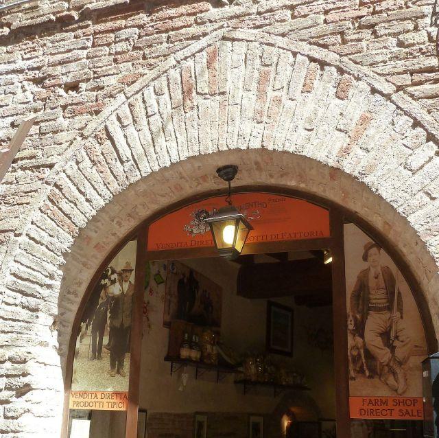 2014 nyár P1470119c San Gimignano