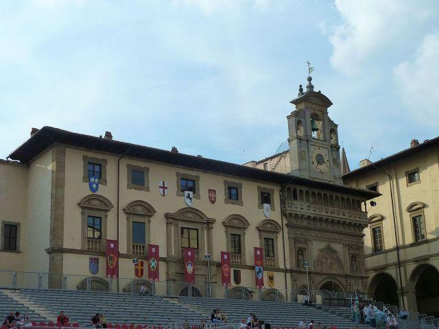 2014 nyár P1470665 Arezzo