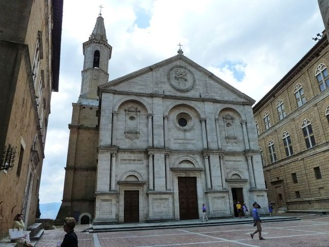 2014 nyár P1470227 Pienza, Cattedrale