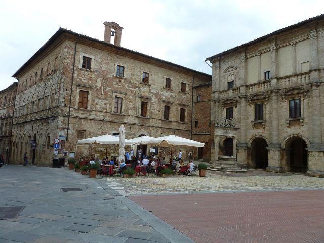 2014 nyár P1470447 Montepulciano, Pal. del Capitano Popolo