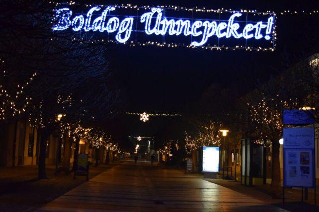 2015 karácsonyDSC_0059- Keszthely éjfél