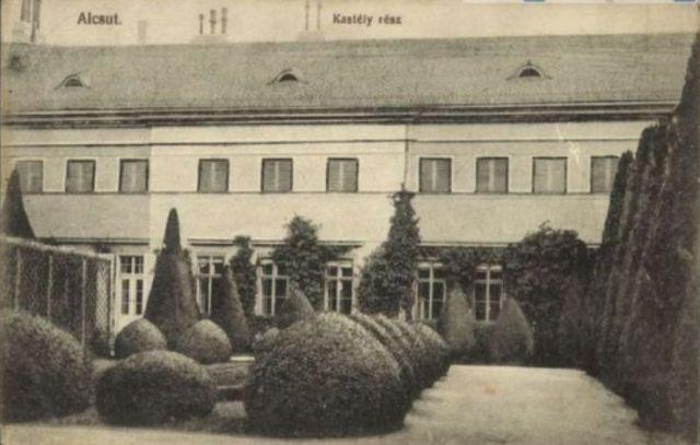 kastély_déli_oldal