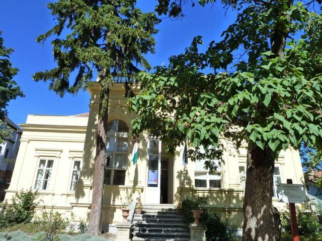 Bfüred, Jókai villa P1160170- 2012. 09.07.