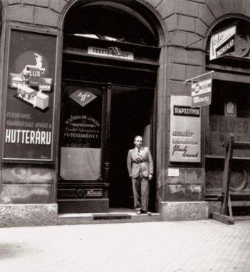 József_krt_9-_Fekete_György_fényképész műterme, 1940