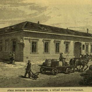 Stáció utcai ház frontja