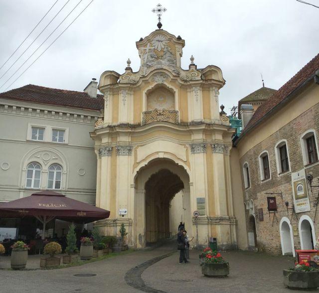 vilnius-szentharomsag-kapu-img_1902-fotozsuzsi