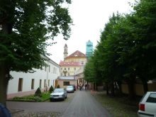 vilnius-p1630440-szentlelek-ortodox-tmpl-udvar