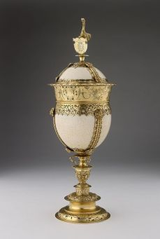 bathory-kristof-strucctojasos-ezust-kelyhe-cca-1576-_-ashmolean-museum-oxford-n