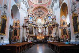 dominikanusok-szentlelek-templom-belso