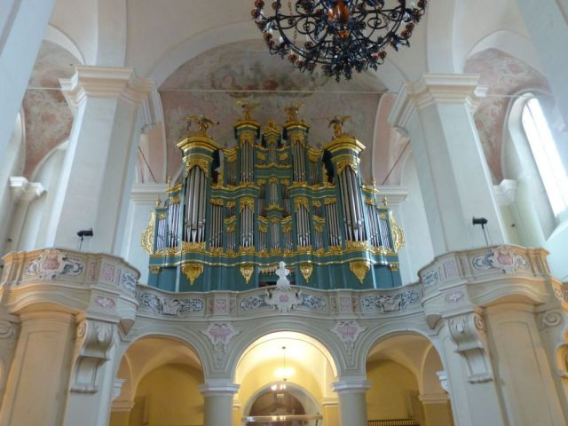 vilnius-p1630301-egyetem-tmpl-orgona