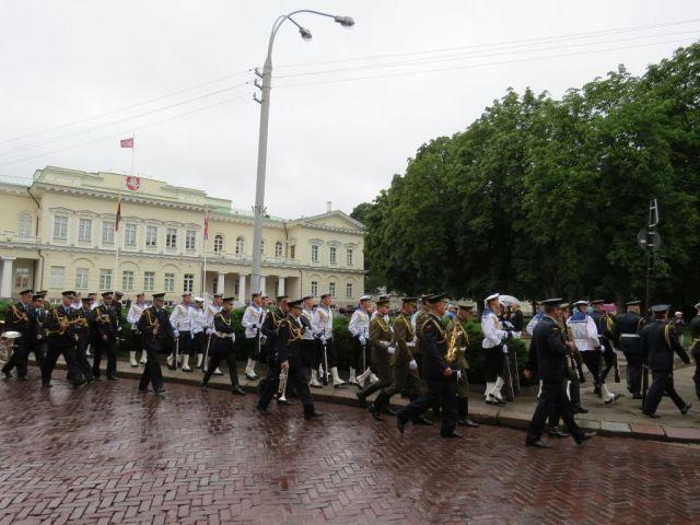 vilnius-img_6835-gyo-elnoki-p-kat-parade