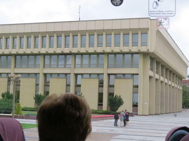 vilnius-img_7053-gyo-parlament-epulete