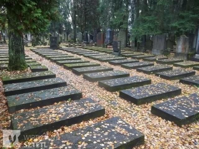 ghetto-field-in-jewish-cemetery-in-vilnius