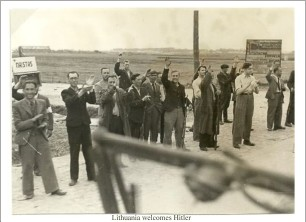 lithuania-welcomes-hitler
