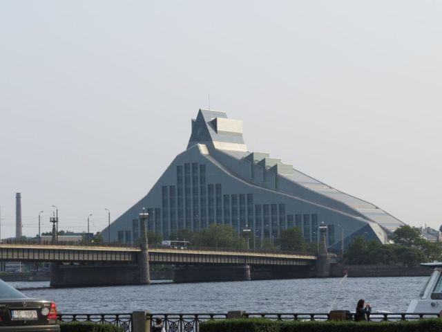 Riga IMG_7709 Gyö, Daugava és a Nemzeti Könyvtár